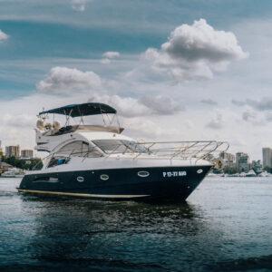 Яхта Galeon 440 FLY